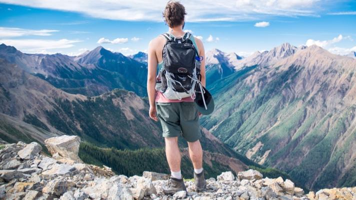 cosa serve per viaggiare in solitaria